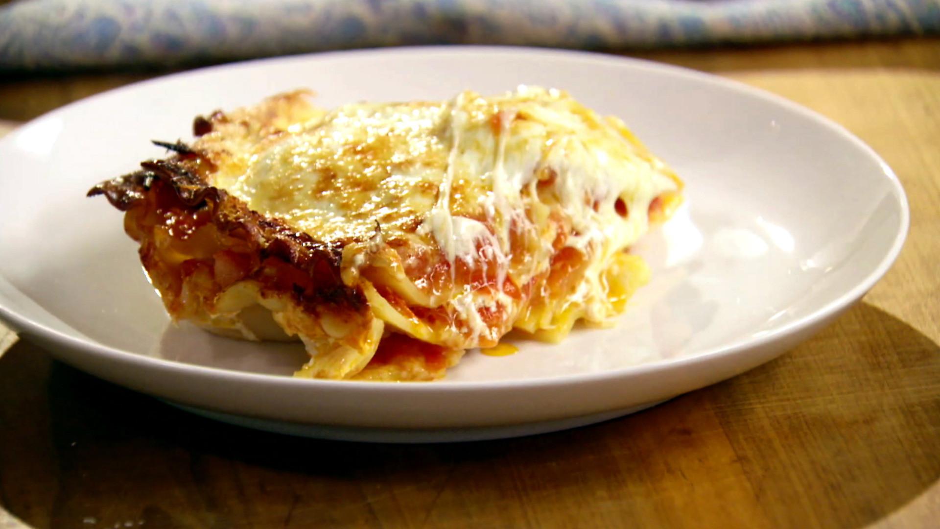 Food Network Lasagna  lasagna with bechamel sauce food network