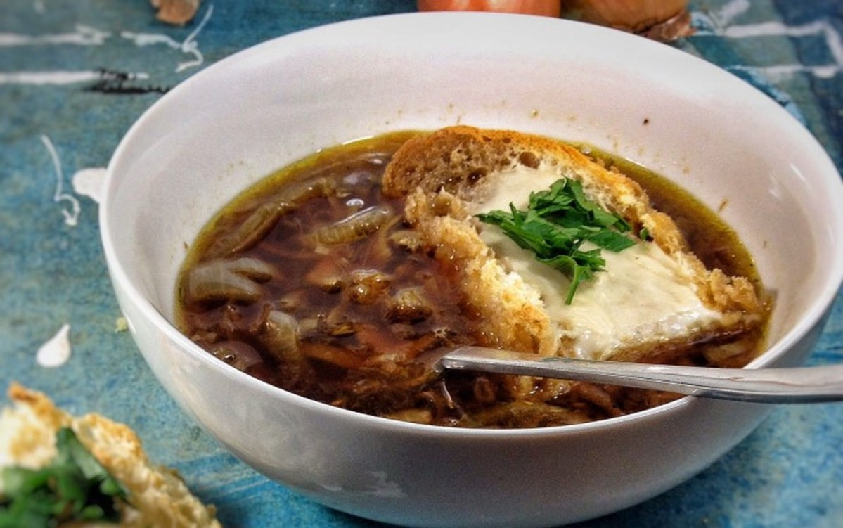 French Onion Soup Cheese  French ion Soup With Cheese Toasts [Vegan] e Green