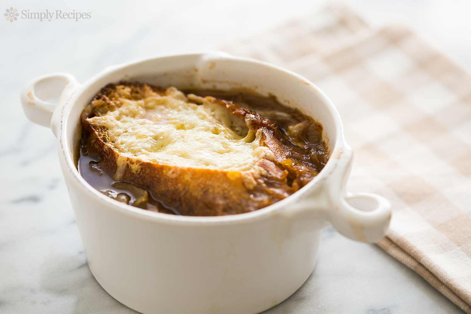 French Onion Soup Cheese  French ion Soup Recipe