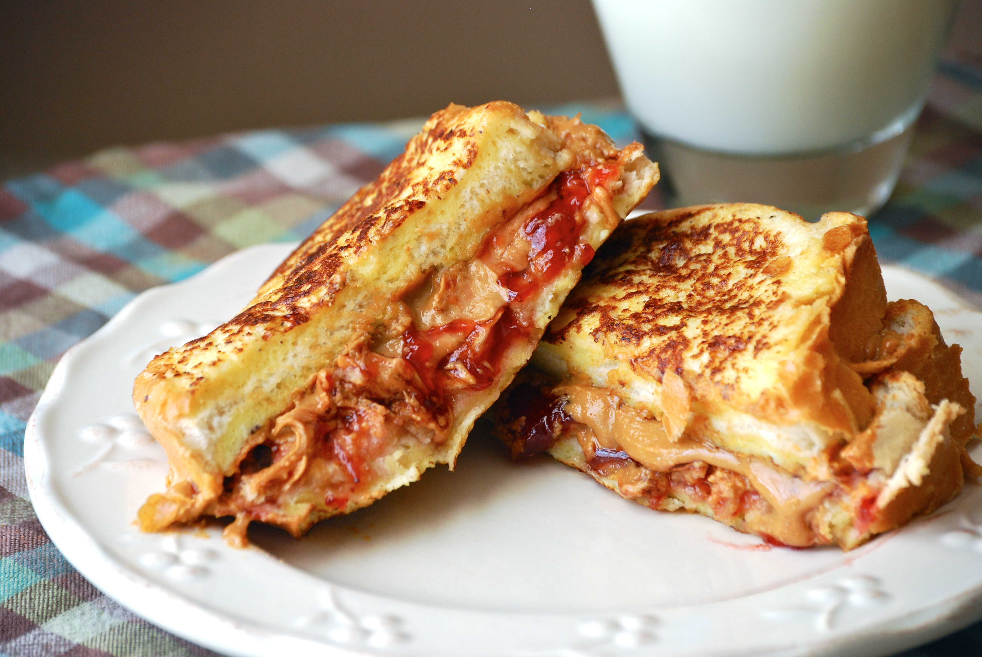 French Toast Sandwich  Peanut Butter & Jelly French Toast Sandwich Macaroni and
