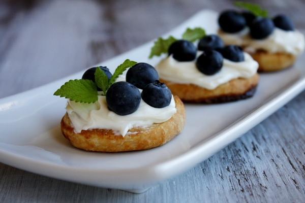 Fresh Blueberry Desserts  Fresh Blueberry Dessert Bruschetta