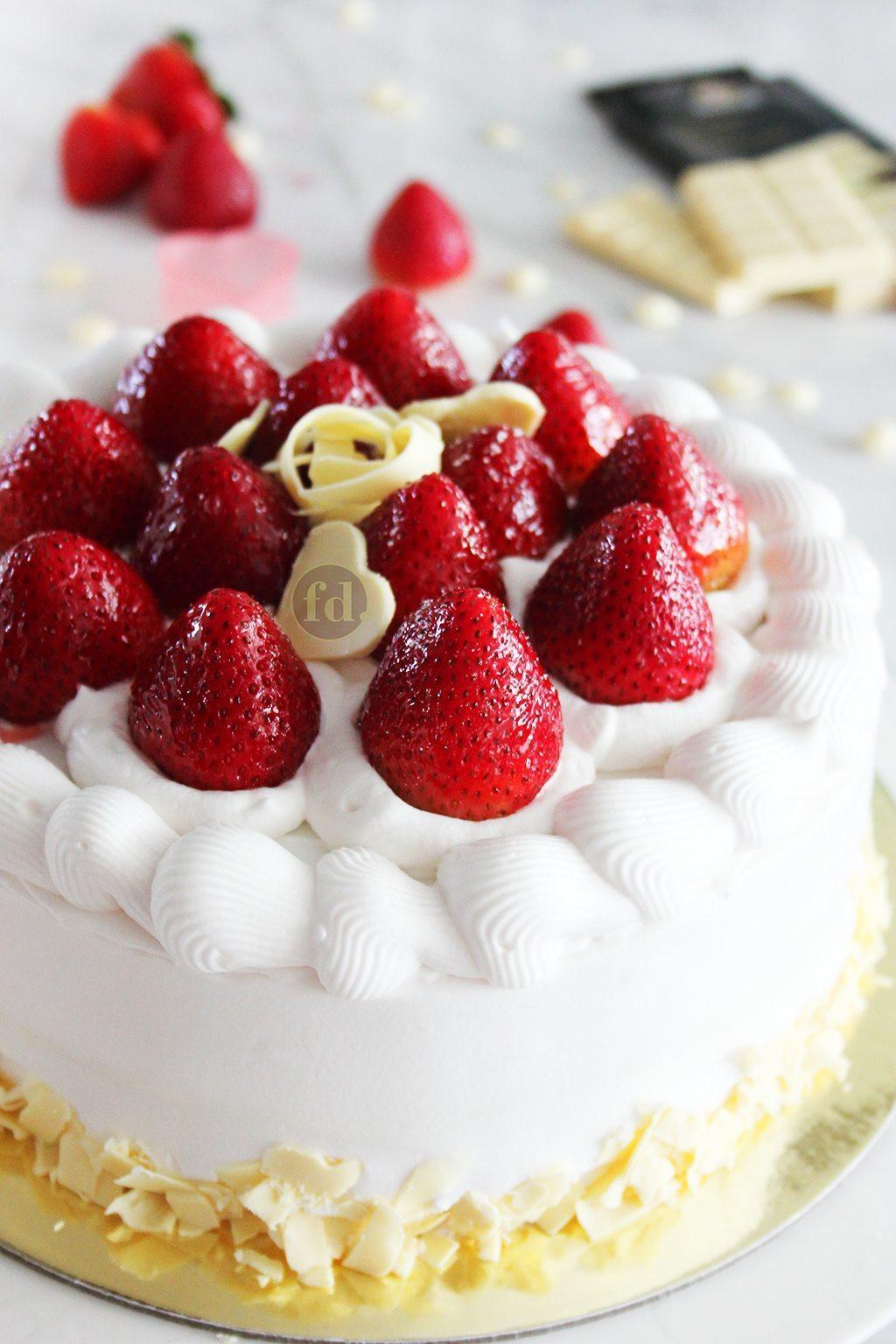 Fresh Fruits Cake Recipe  japanese fresh fruit cake recipe