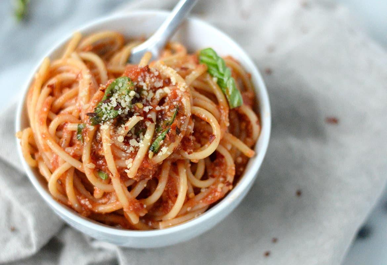 Fresh Spaghetti Sauce  Fresh Tomato Sauce with Spaghetti Video Delish Knowledge