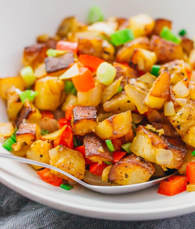 "Fried Breakfast Potatoes  Crispy Lemon Breakfast Potatoes ""Home Fries"" Diner Style"