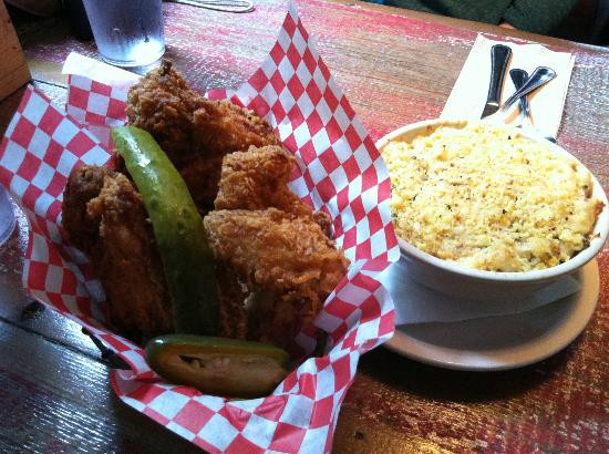 Fried Chicken Austin  Fried Chicken Basket & Macaroni and Cheese Picture of