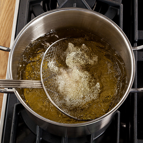 Fried Chicken Oil Temp  Six Steps for Deep Frying Without a Deep Fryer