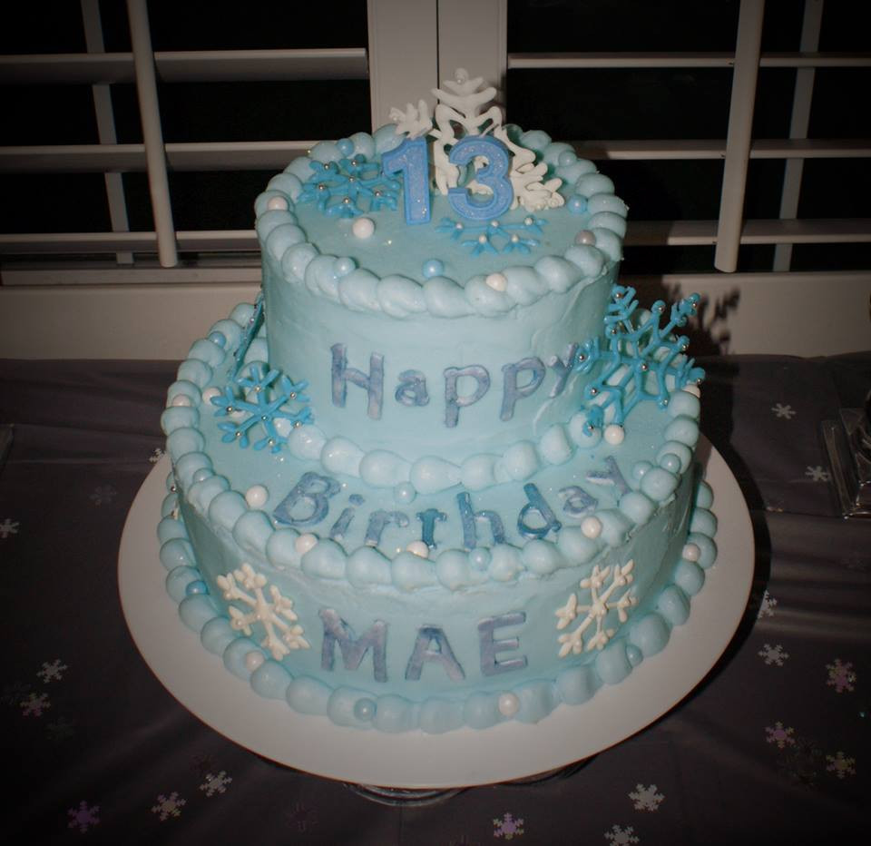 Frozen Birthday Cake  How to host a Disney Frozen Inspired Party – birthday