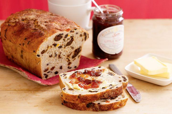 Fruit Bread Recipes  Rich fruit loaf