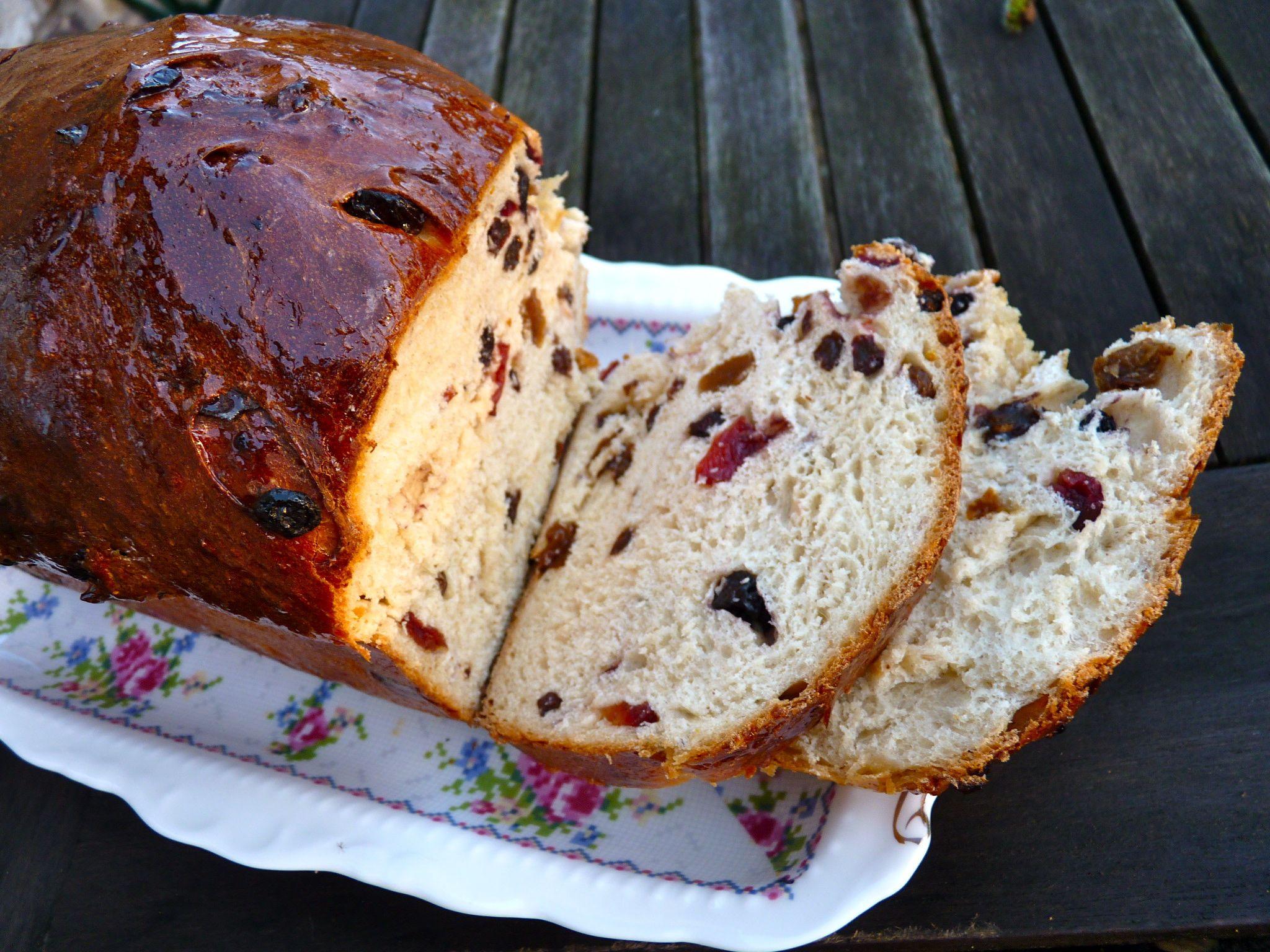 Fruit Bread Recipes  dried fruit bread recipe