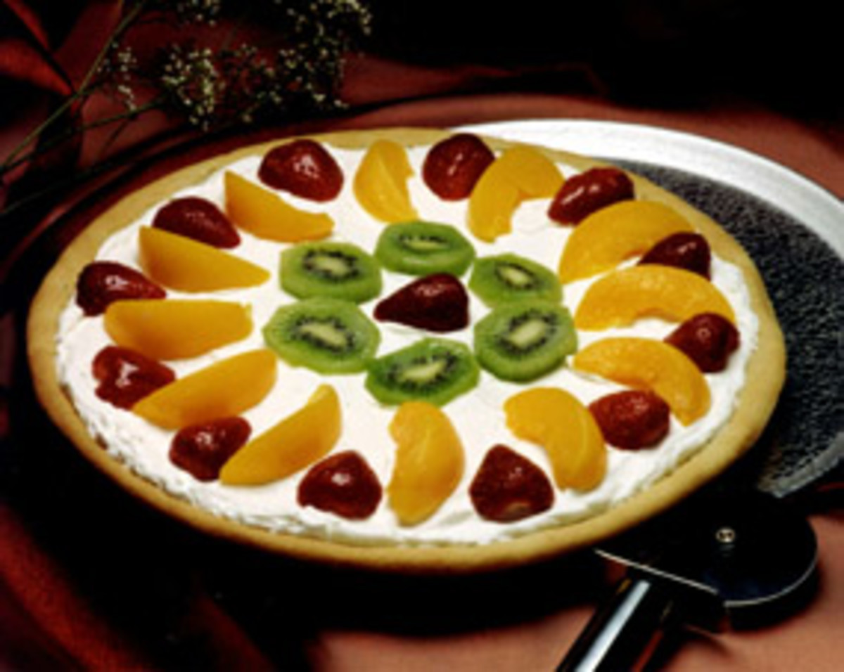 Fruit Dessert Pizza  Fruit Dessert Pizza Jamie Geller