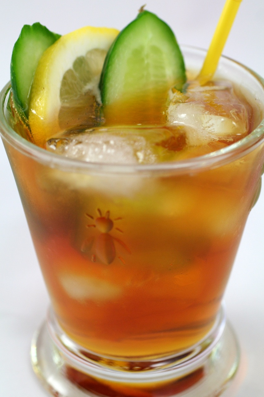 Fruity Drinks With Rum  Top 10 Spiced Rum Drinks With Recipes