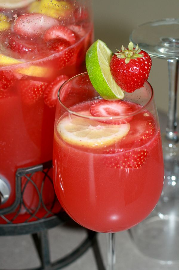 Fruity Drinks With Rum  Best 25 Fruity alcoholic drinks ideas on Pinterest
