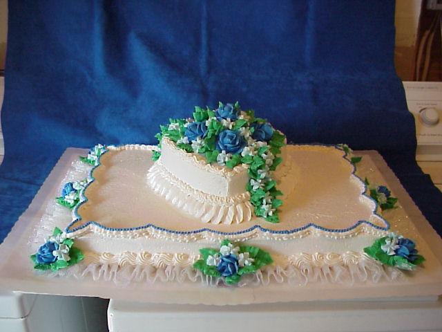 Full Sheet Cake  Full sheet wedding cakes idea in 2017