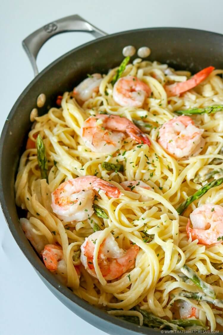 Garlic Butter Shrimp Pasta  Garlic Butter Shrimp Pasta in White Wine Sauce That s