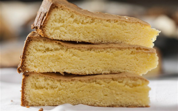 Genoise Sponge Cake  Traditional Wedding Cakes From Different Cultures