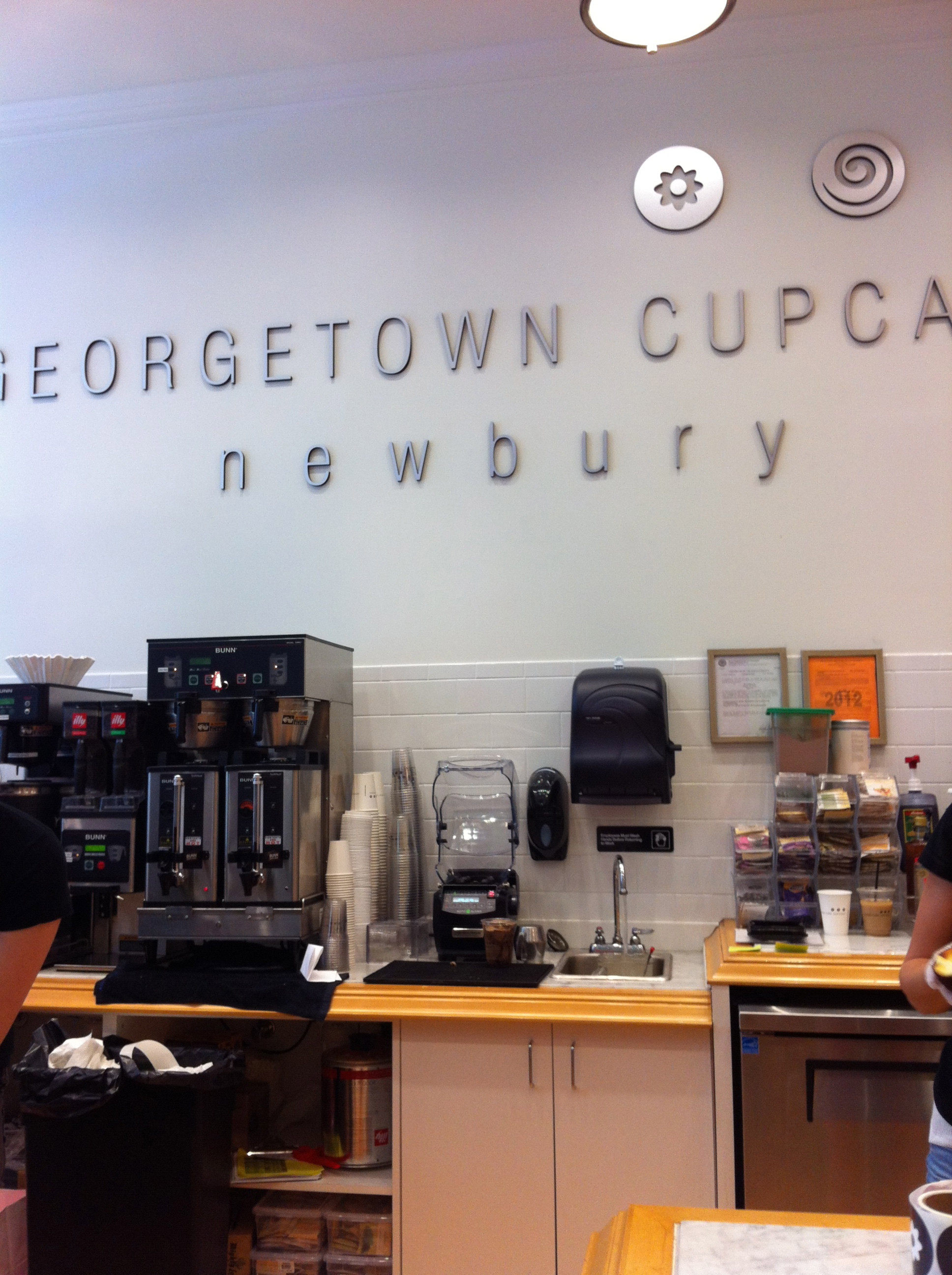 Georgetown Cupcakes Boston  Geor own Cupcake es to Boston A Little Bit About a
