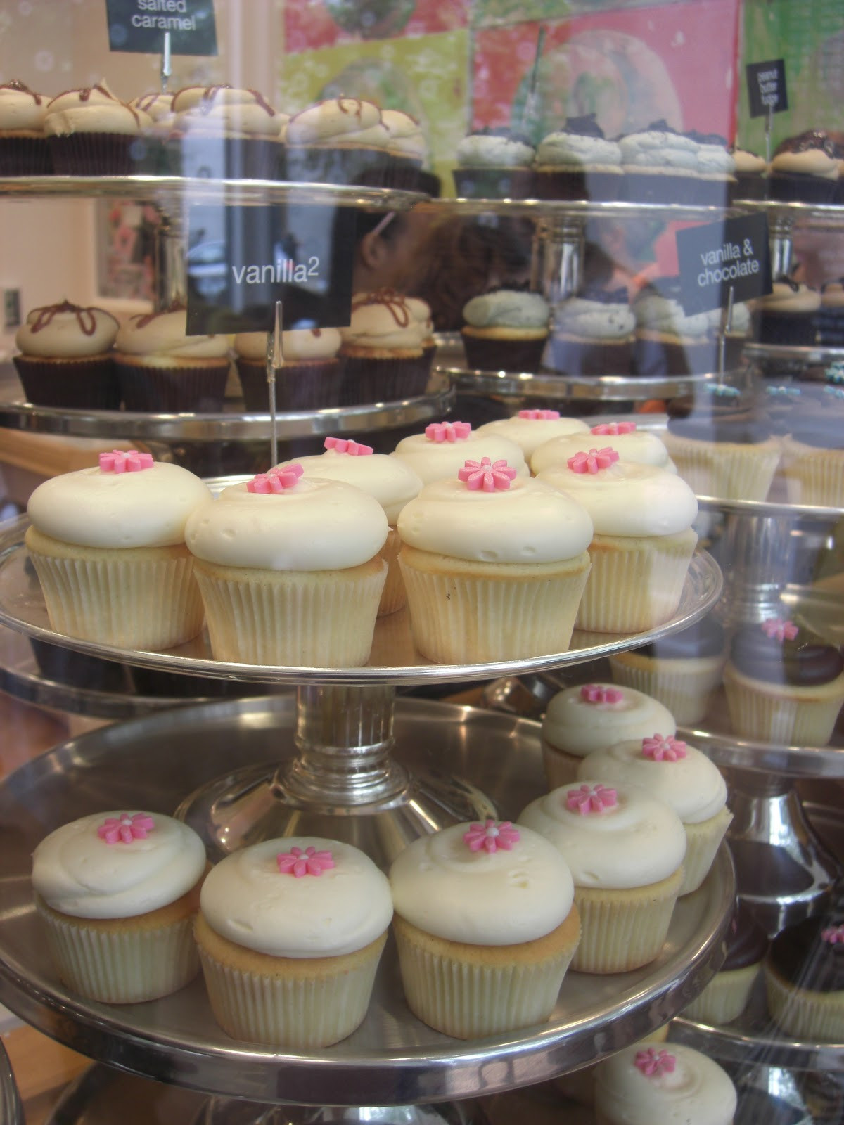 Georgetown Cupcakes Boston  The Boston Bakery Babe Geor own Cupcakes A vision of