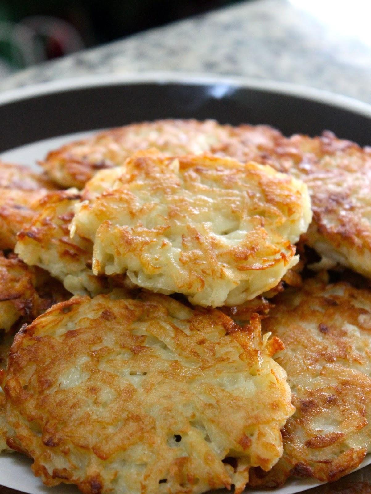 German Potato Pancakes  The Cultural Dish Kartoffelpuffer German Potato Pancakes