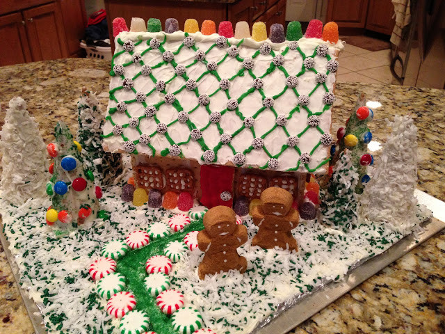 """Gingerbread House With Graham Crackers  girlsgonefood Graham Cracker """"Gingerbread"""" House"""