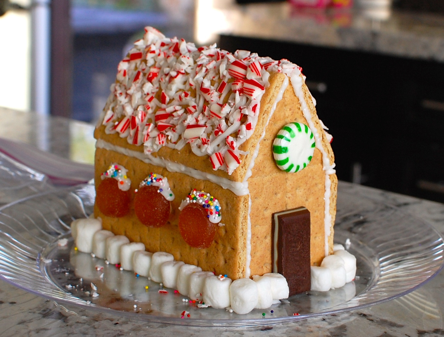 Gingerbread House With Graham Crackers  How to make a Gingerbread House from Graham Crackers — The