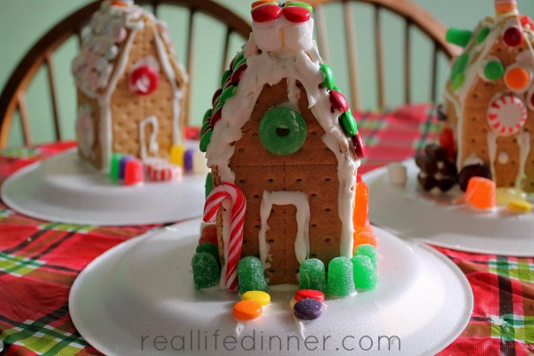 Gingerbread House With Graham Crackers  Graham Cracker Gingerbread Houses and Royal Icing Recipe
