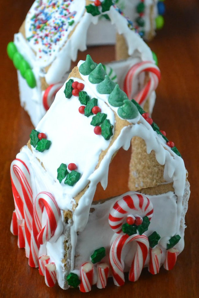 Gingerbread House With Graham Crackers  Graham Cracker Gingerbread House Votives