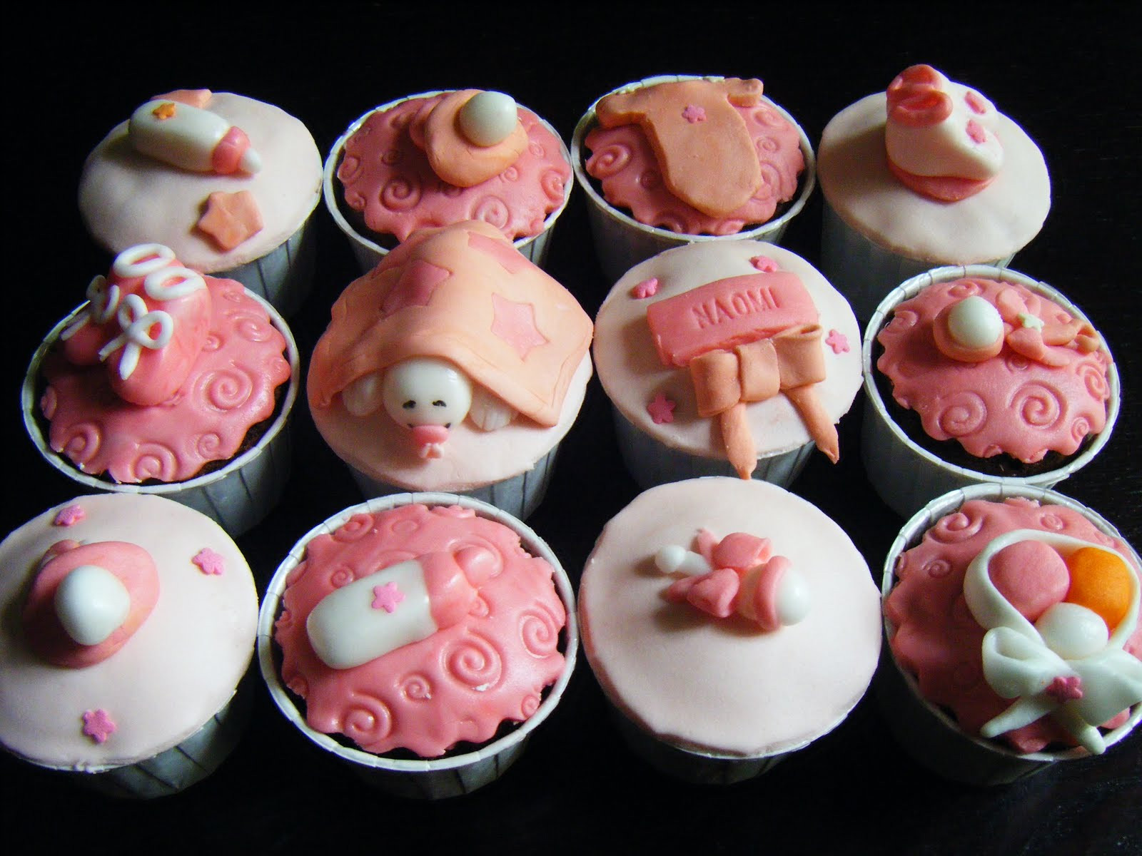 Girl Baby Shower Cupcakes  70 Baby Shower Cakes and Cupcakes Ideas