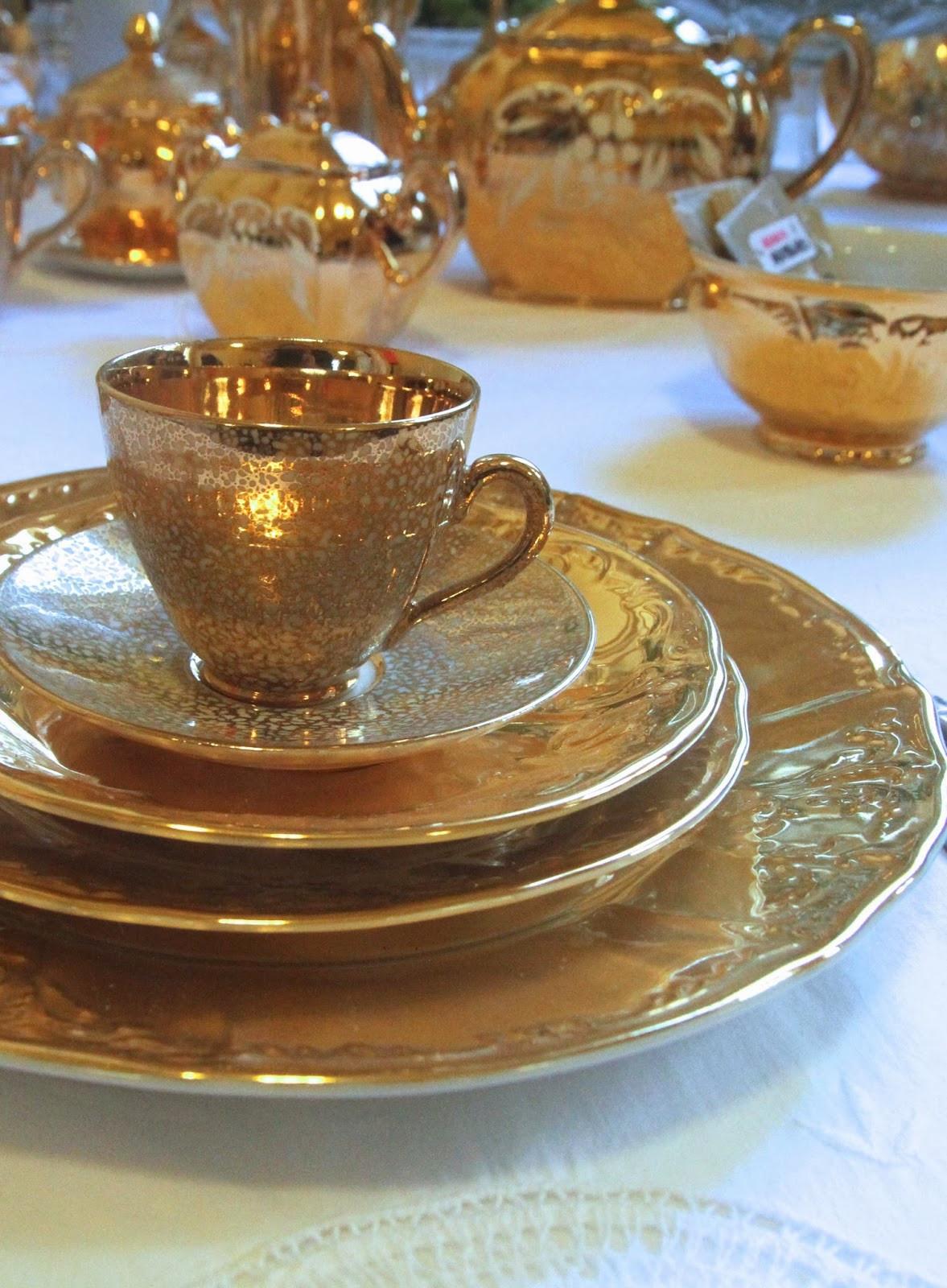 Gold Dinner Ware  Fancy Vintage Gold Vintage China Wedding Display