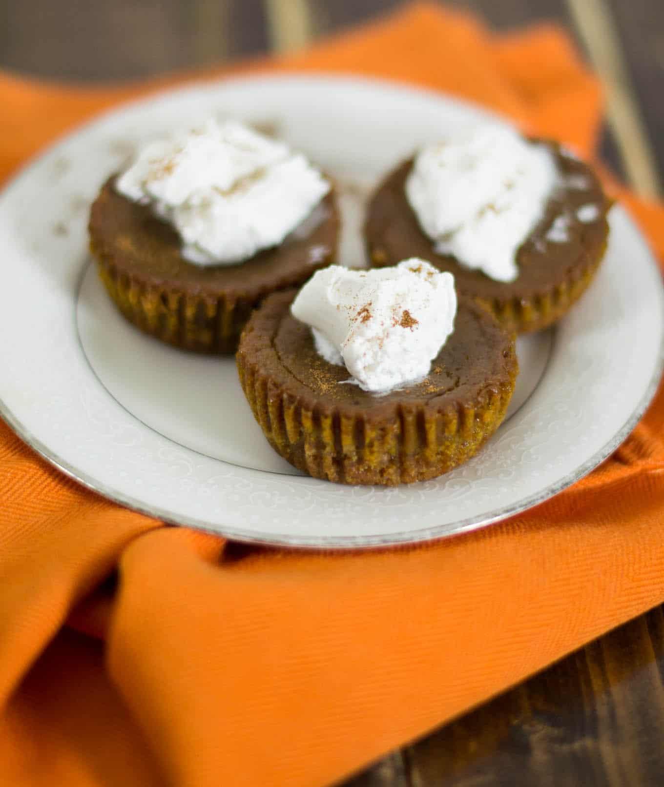 Graham Cracker Crust Pumpkin Pie  Mini Vegan Pumpkin Pies recipe with Homemade Graham
