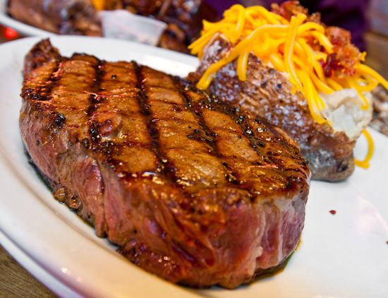 Great Steak And Potato  6 oz sirlion loaded baked potato and rolls with apple