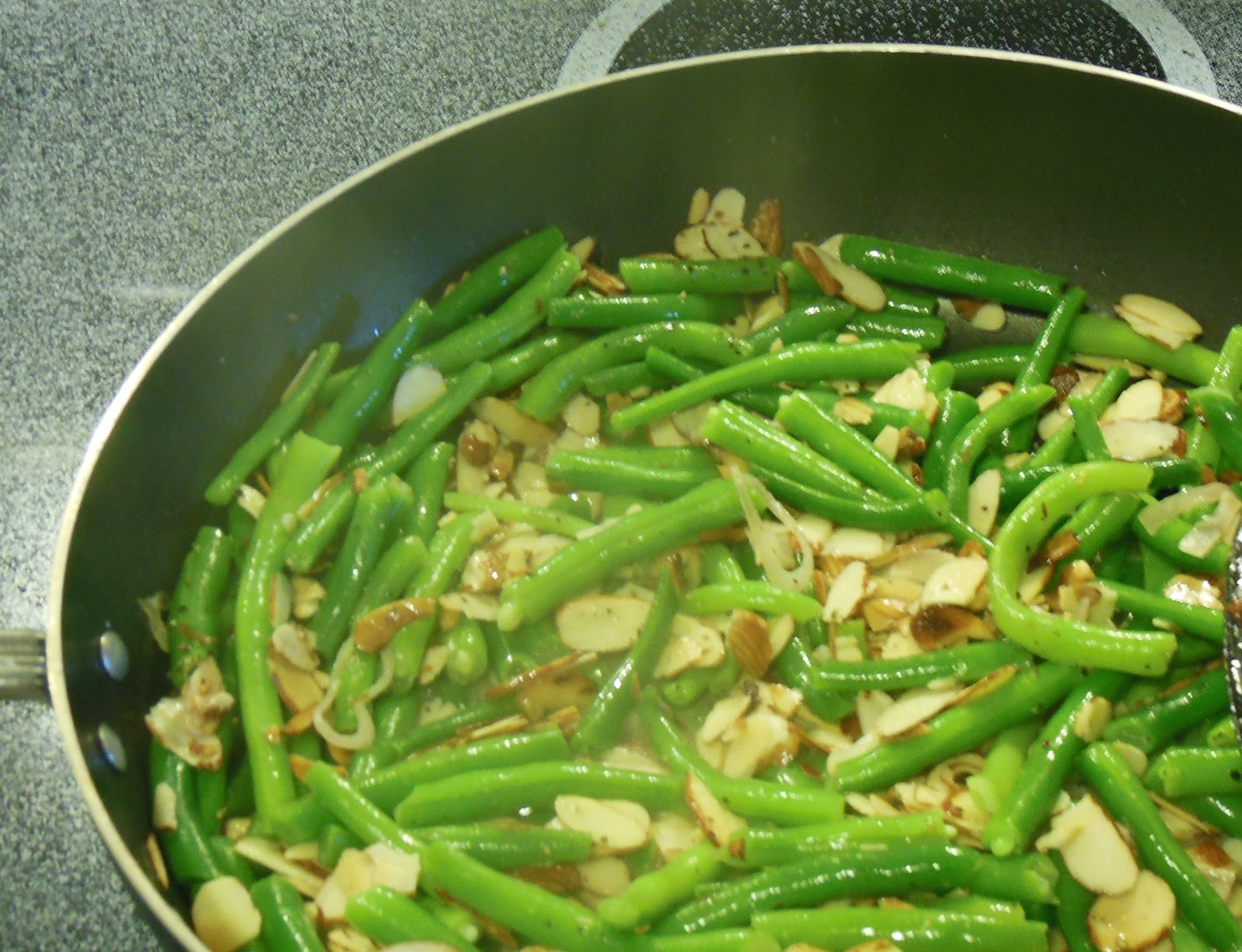 Green Bean Side Dish  Green Bean Side Dish with Toasted Almonds
