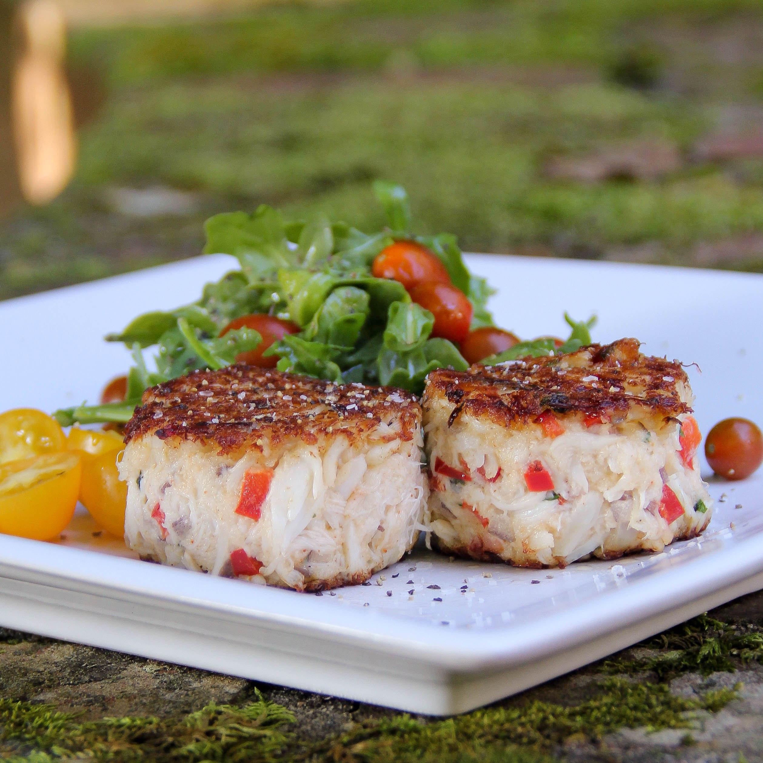 Grilled Crab Cakes  Magnolia's Charleston Crabcakes – The Right Recipe