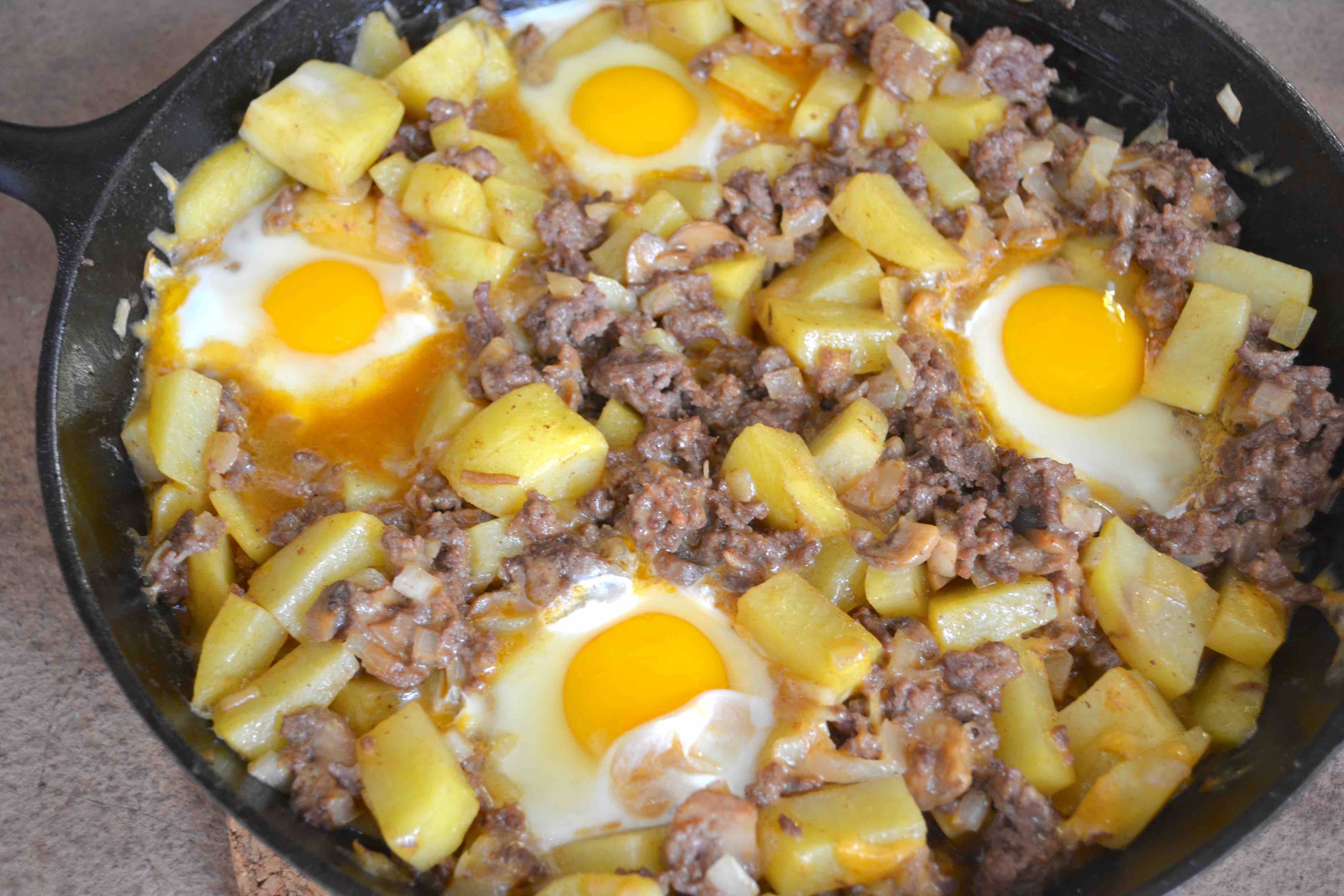 Ground Beef And Eggs  ground beef hash breakfast