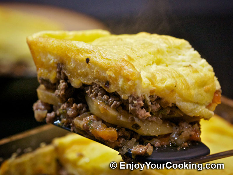 Ground Beef And Potatoes Recipes  Ground Beef and Potato Casserole Recipe
