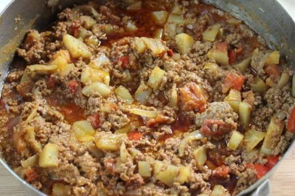Ground Beef And Potatoes Recipes  How to make Picadillo Ground Beef Saute with Potatoes and