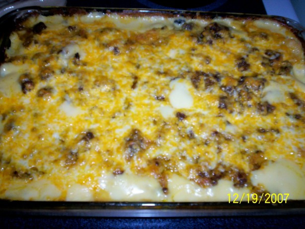 Ground Beef Casserole With Potatoes  Kittencals Scalloped Potato And Ground Beef Casserole