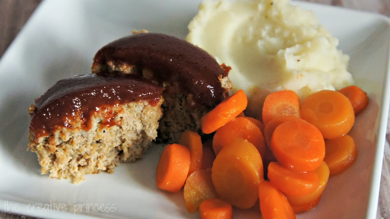 Ground Chicken Meatloaf  The Creative Princess ad Mini Ground Chicken Meatloaf