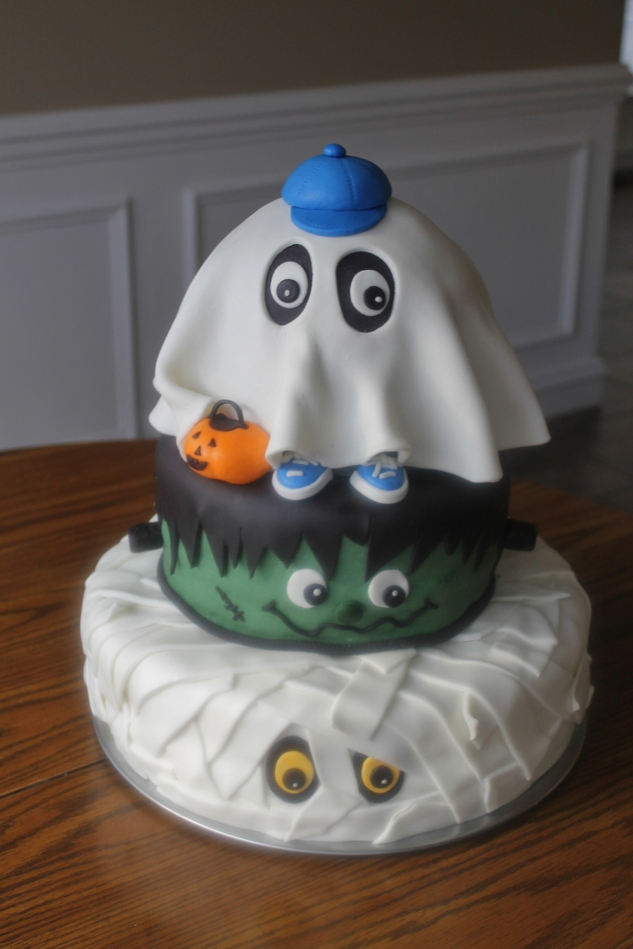 Halloween Baby Shower Cakes  Halloween Baby Shower CakeCentral