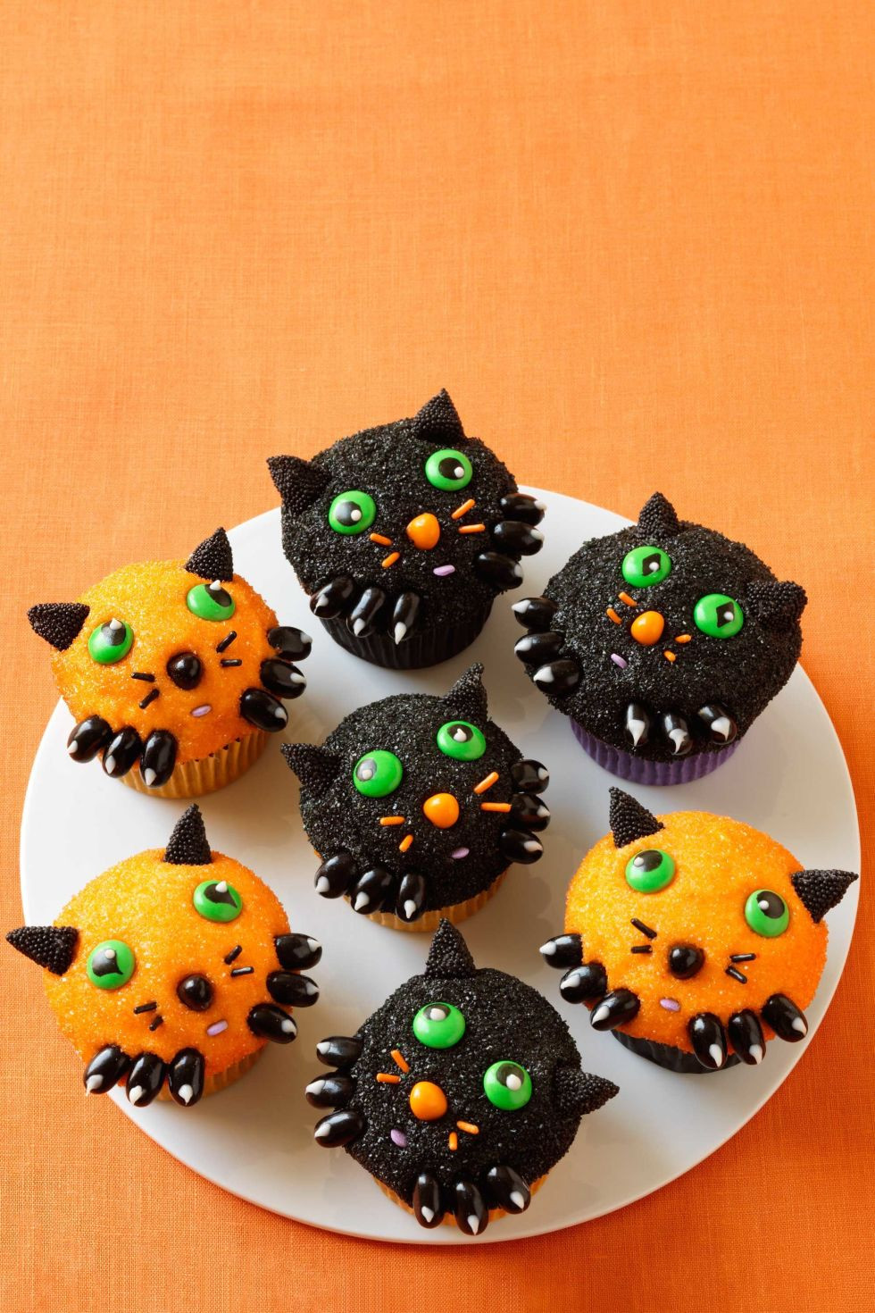 Halloween Cupcakes Designs  Top 15 Halloween cupcakes decorating ideas for You