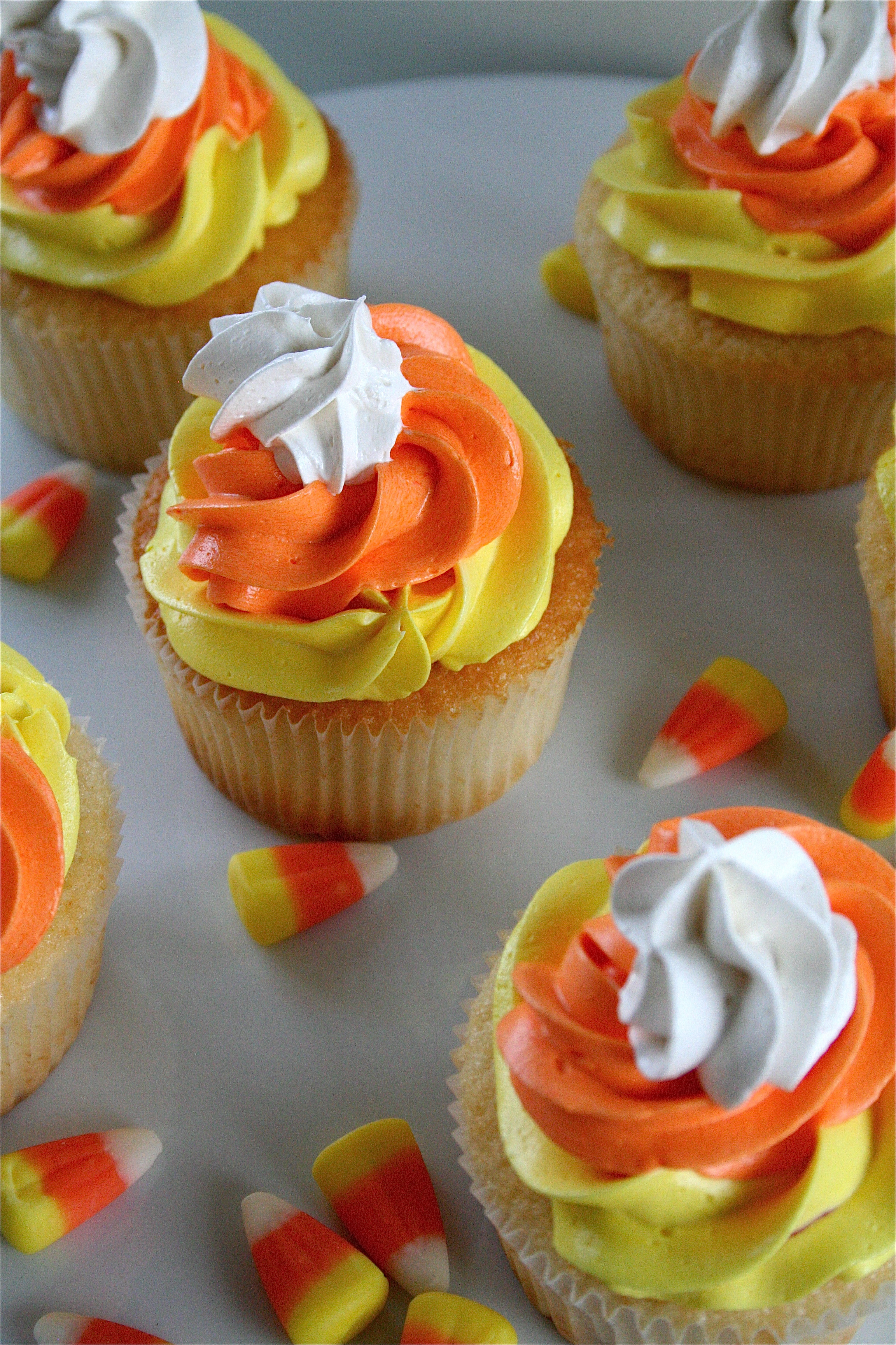 Halloween Cupcakes Images  28 Cute Halloween Cupcakes Easy Recipes for Halloween