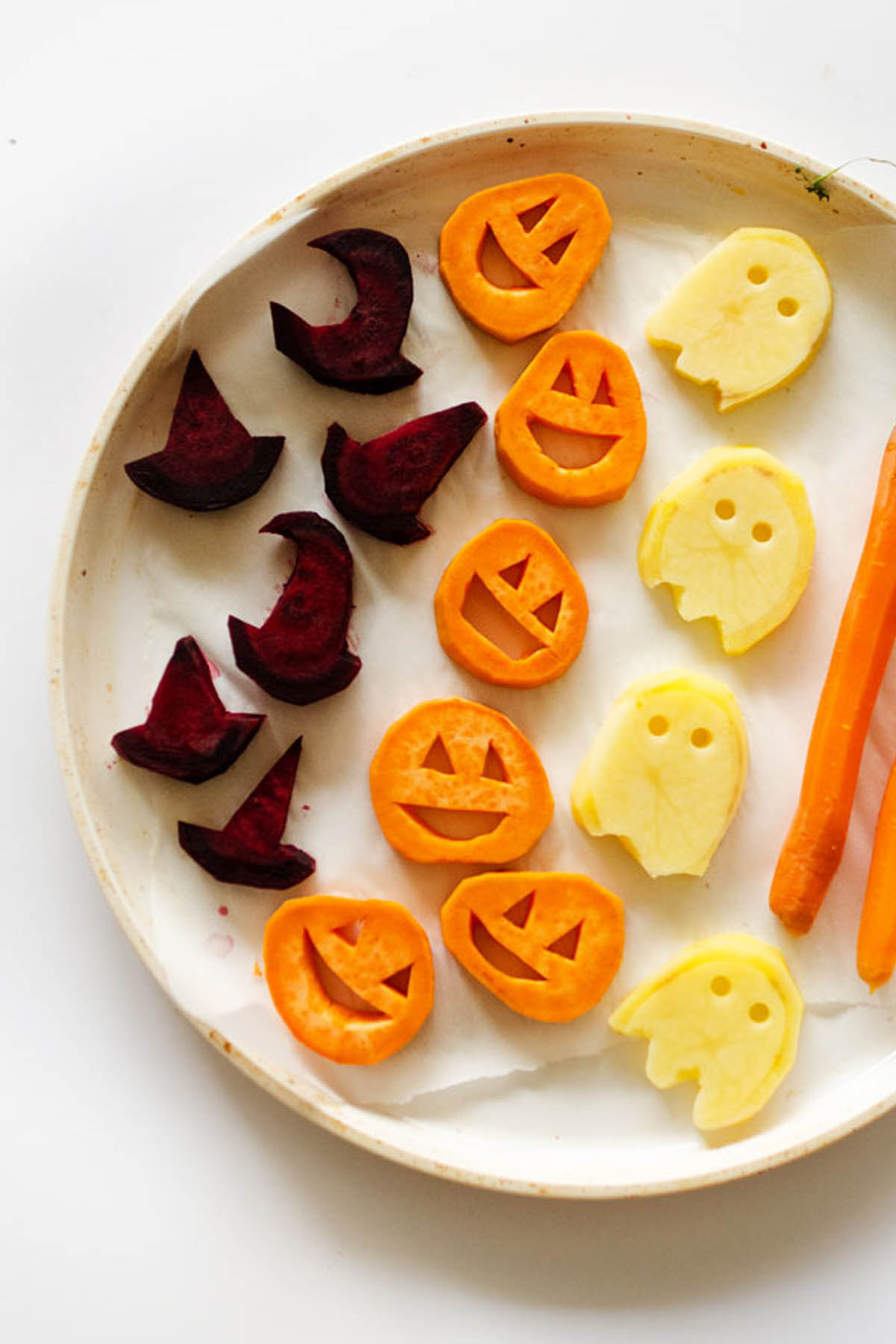 Halloween Dinner Ideas  25 Spooky Halloween Dinner Ideas Best Recipes for