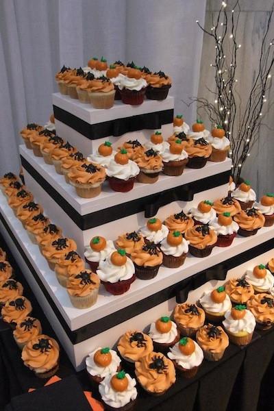 Halloween Themed Desserts  8 Halloween Themed Wedding Ideas