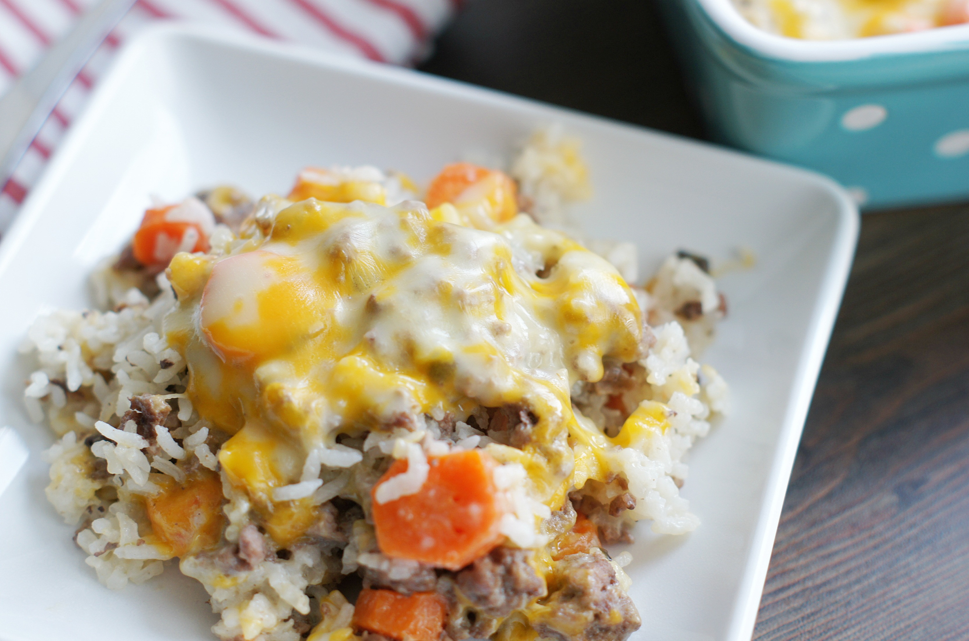 Hamburger Rice Casserole  Cheesy Ground Beef and Rice Casserole 5 Boys Baker