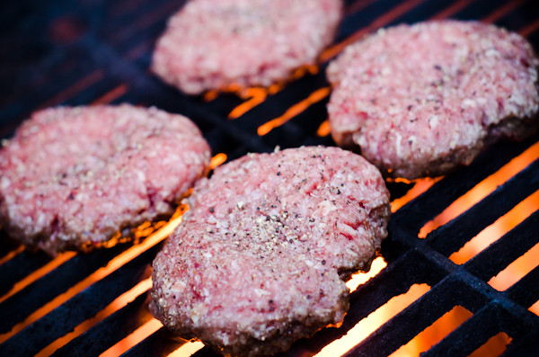 Hamburgers On The Grill  How to Cook Hamburgers on a Grill