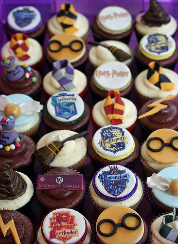 Harry Potter Cupcakes  Fabulous Harry Potter cupcakes from Clare s Cupcakes in the UK