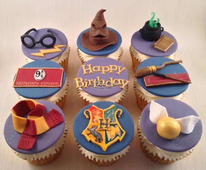 Harry Potter Cupcakes  30 Magical Harry Potter Party Ideas Spaceships and Laser
