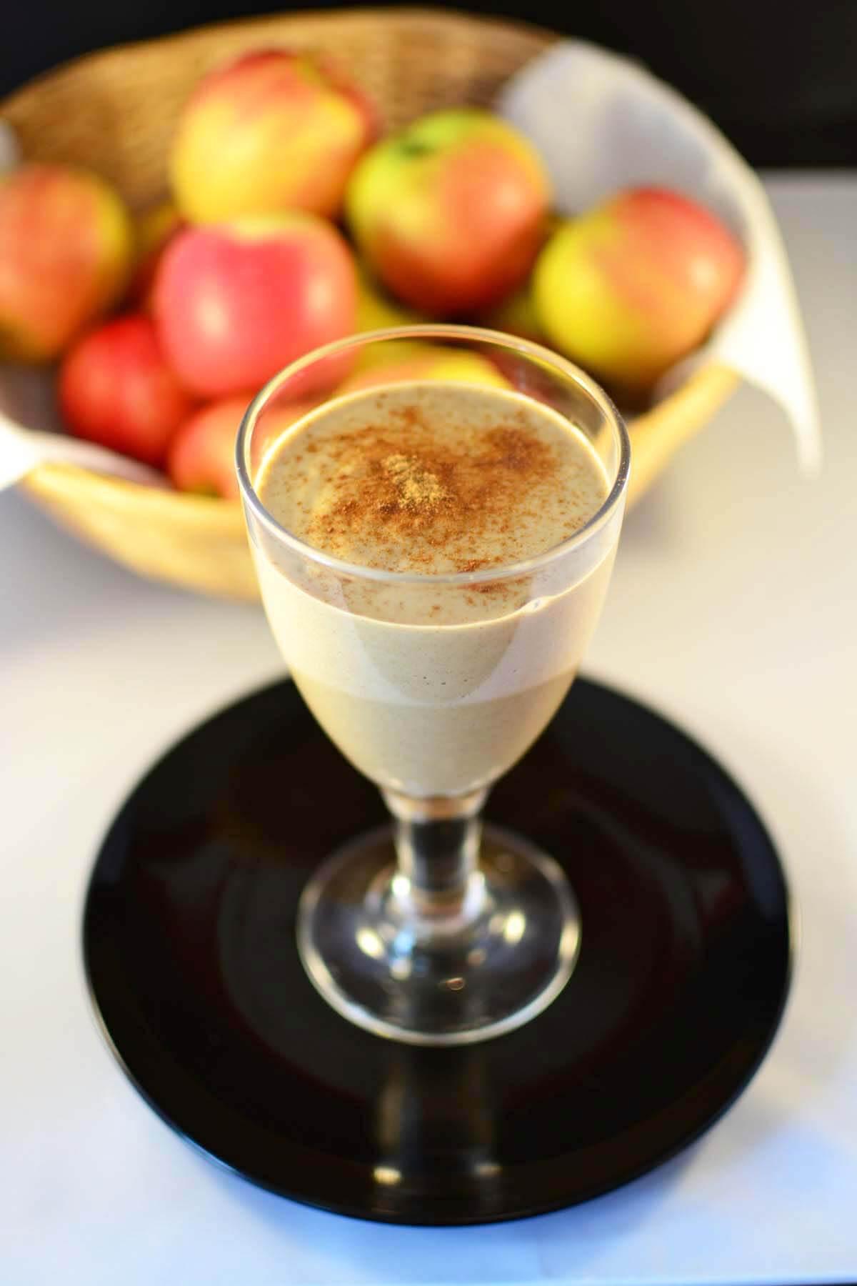 Healthy Apple Desserts  Healthy Apple Pie Smoothie Dessert Thickie