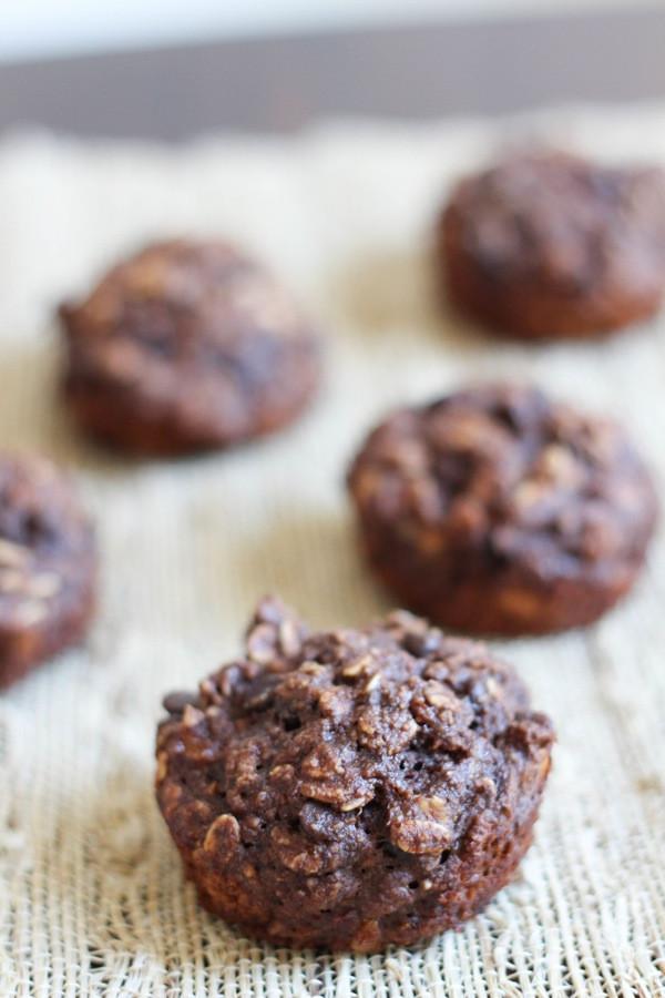 Healthy Banana Chocolate Chip Muffins  Healthy banana chocolate chip muffins