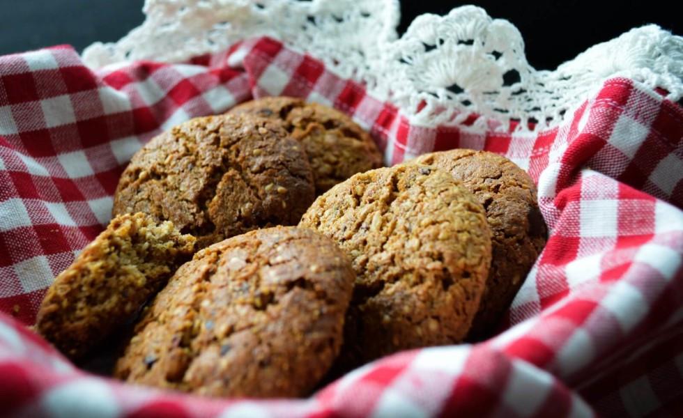 Healthy Biscuit Recipe  Healthy Anzac Biscuit recipe