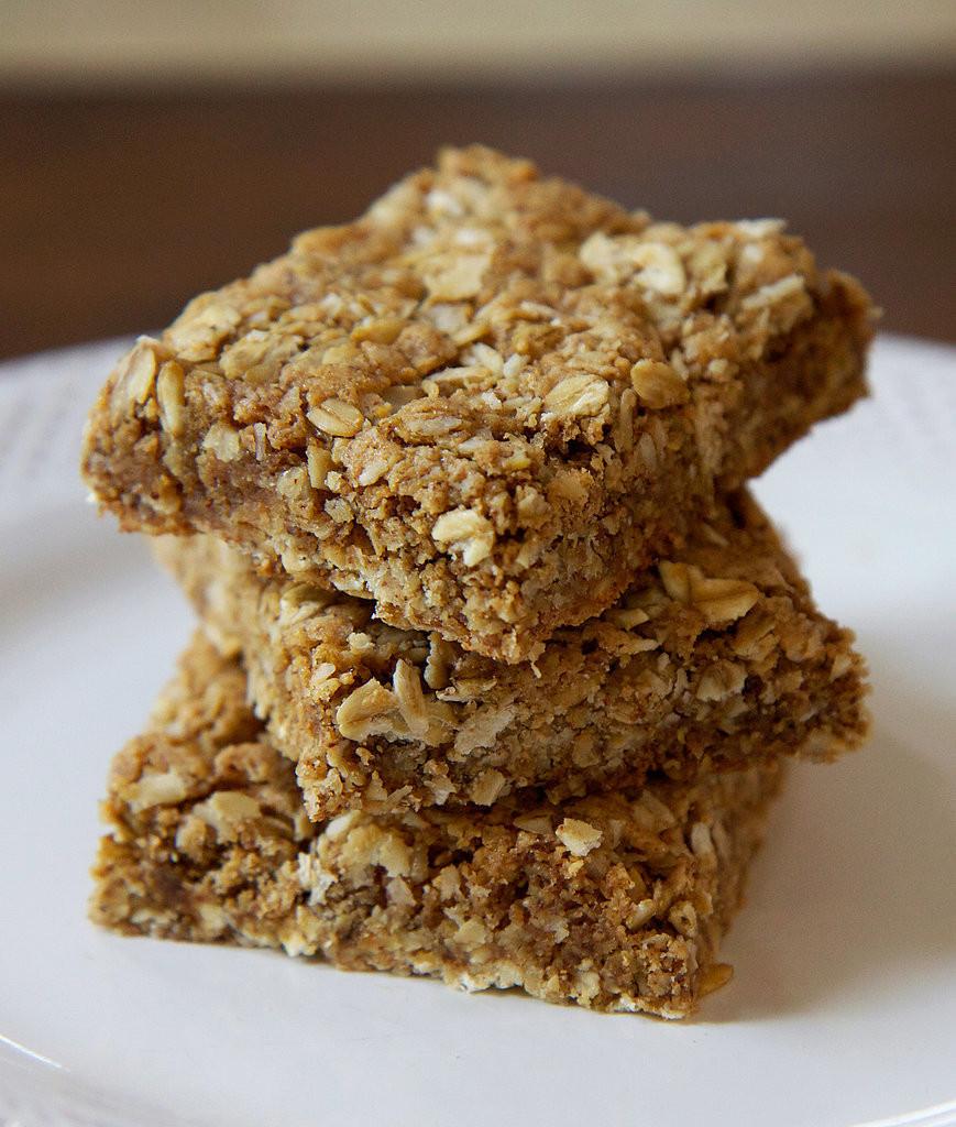 Healthy Breakfast Bar  Gluten Free Oatmeal Protein Bars